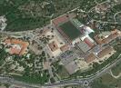 Vista aérea del polideportivo y colegios donde se realizará un estudio de detalle
