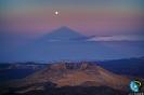 Alineación, casi perfecta, entre la sombra del Teide y la Luna llena